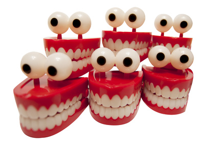 Group of chattering teeth