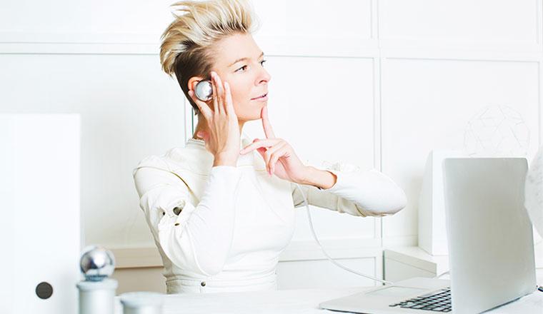 A photo of a futuristic-looking advisor