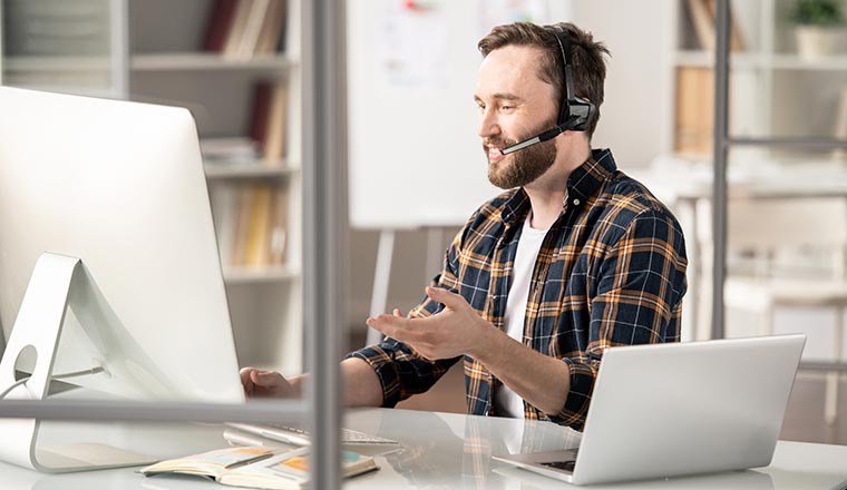 A photo of a homeworking call centre agent