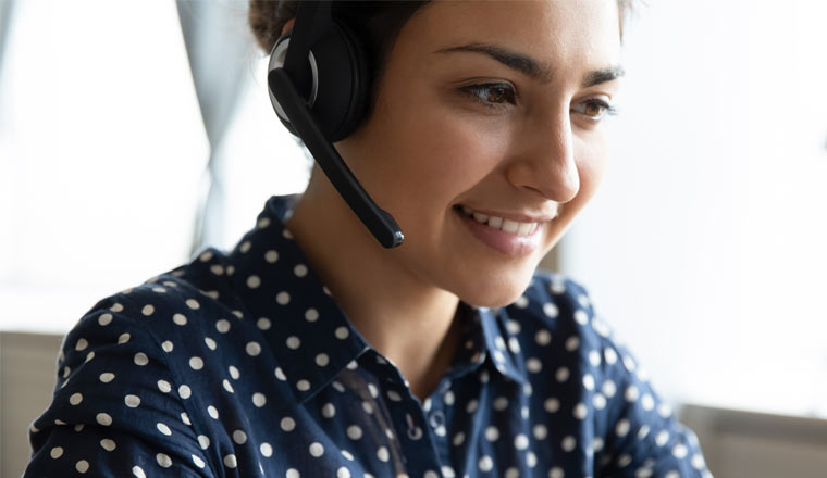 A picture of an agent wearing a headset