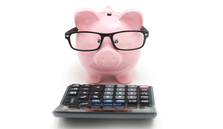 A picture of a piggy-bank and a calculator-760